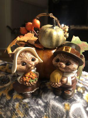 Vintage Hallmark Thanksgiving Squirrels Salt & Pepper Shakers for Sale in Pomona, CA
