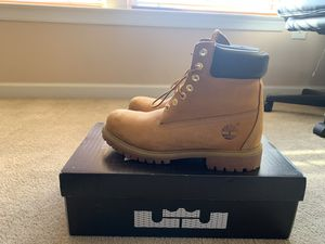 Men's timberland boots size 8 for Sale in Aberdeen, MD