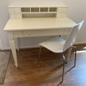 White pottery barn kids desk w: Chair and shelf for Sale in Sterling, VA