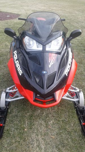 Snowmobile 600 Polaris Fusion for Sale in Meriden, CT