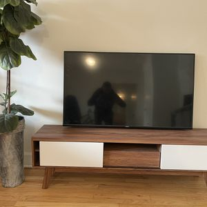 Tv Stand for Sale in Lancaster, PA
