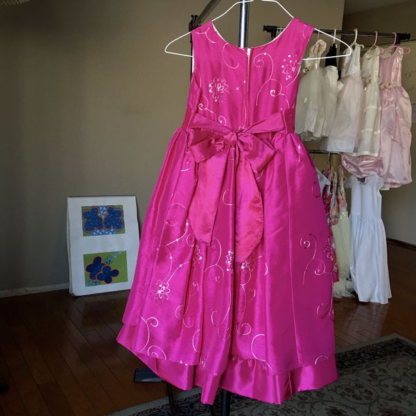 Little Girl's Beautiful Holiday Party Dress