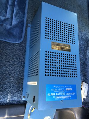 Professional Marine 50 AMP Battery Charger for Boat Motorhome Trailer campers for Sale in Lynnwood, WA