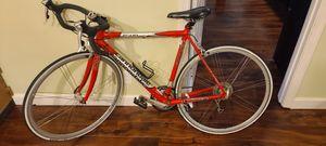 Cannondale R500 road bike for Sale in Pompano Beach, FL
