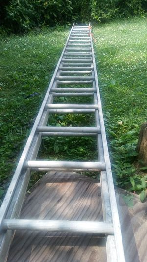 24 ft ladder for Sale in Woodlawn, MD