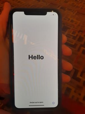 IPHONE 11 MAX PRO for Sale in Lake Charles, LA
