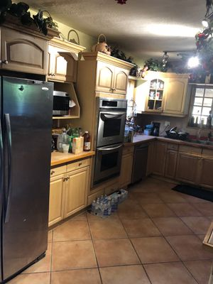 Used kitchen Cabinettes for Sale in Homestead, FL