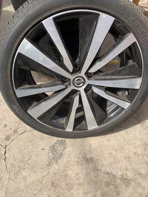 2019 Nissan Altima rims for Sale in Pico Rivera, CA