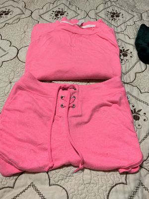Pink size medium $40 for Sale in Portland, OR