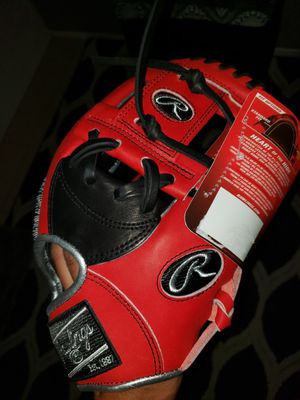 Rawlings Heart of the Hide 11.5inch (Gold Glove Club) for Sale in Riverside, CA