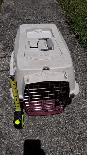 Kennel Cab Dog Cat Pet Cage Petmate for Sale in Detroit, MI