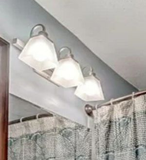 Light fixture for Sale in South Saint Paul, MN
