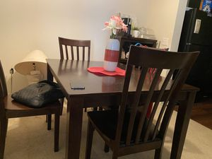 Dining table for Sale in West Melbourne, FL