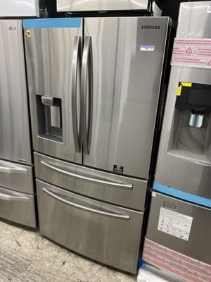 NEW COUNTER-DEPTH FRIDGE for Sale in Los Angeles, CA