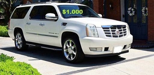 💚2OO8 Cadillac Escalade/UP FOR SALE * ZERO ISSUES > RUNS AND DRIVES LIKE NEW $1000🌸 for Sale in Warren,  MI
