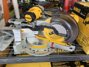 "New Dewalt 12"" Double Bevel Sliding Miter Saw. DWS780 for Sale in Newton, MA"