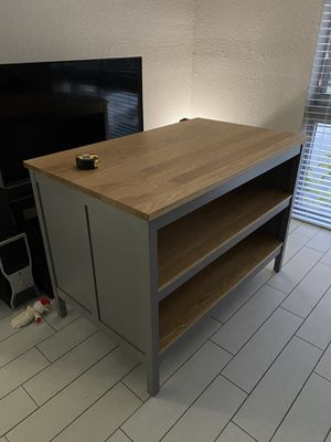 Kitchen island table Like New for Sale in Fort Lauderdale, FL