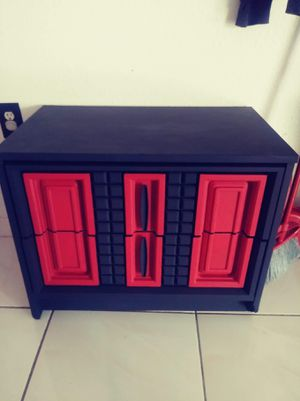 Red and black nightstand for Sale in Sebring, FL