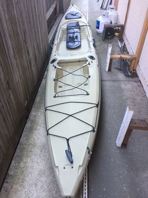 OCEAN KAYAK TRIDENT PROWLER 15 for Sale in Sacramento, CA