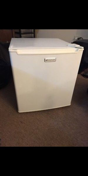 Emerson mini fridge. Works great, used. for Sale in Tacoma, WA