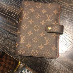 Louis Vuitton Agenda mm for Sale in Auburn,  WA