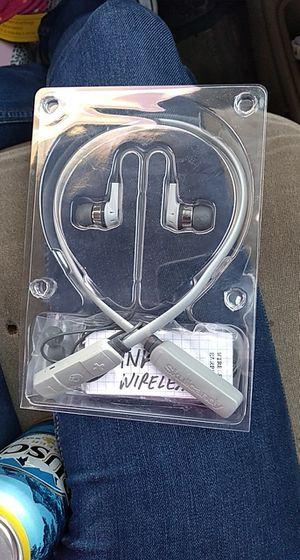 SKULLCANDY WIRELESS HEADPHONES for Sale in Humble, TX