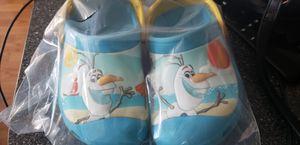 Size 8 Frozen Olaf Crocs for Sale in Pembroke Pines, FL