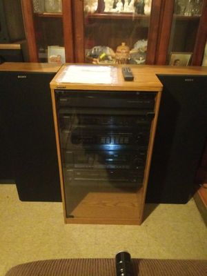 SONY Stereo System. Complete.with {url removed} excellent condition.$95.00 or best offer. for Sale in Lorain, OH