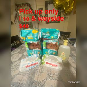 Pampers & wipes for Sale in Houston, TX