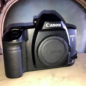Canon EOS 35mm Camera with Eye Control (body) for Sale in Huntington Beach, CA