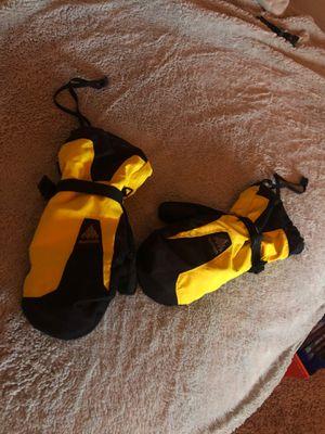 Burton Snowboarding/ski gloves. for Sale in Lacey, WA