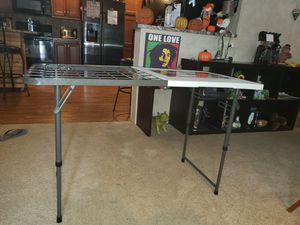 Lifestyle 4 foot grill table for Sale in Lisbon, ME