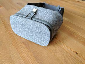 Google Daydream VR headset for Sale in Riverside, CA