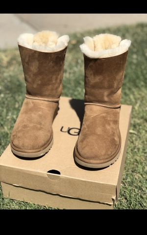 Ugg Boot size 7 for Sale in Fresno, CA