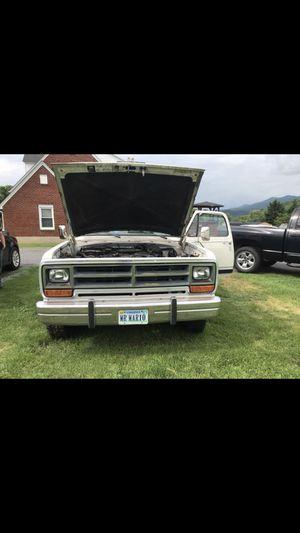 1987 Dodge W150 for Sale in Buena Vista, VA