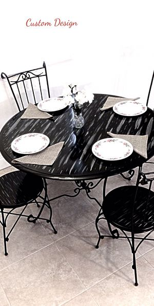 Drift wood dining table and 4 chairs in excellent condition for Sale in Delray Beach, FL