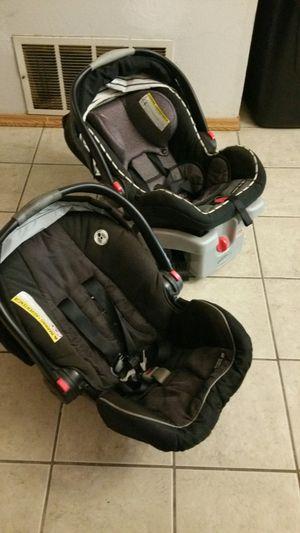 Graco infant car seats for Sale in San Antonio, TX