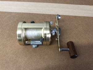 Shimano calcutta 400 great shape with line for Sale in Los Angeles, CA