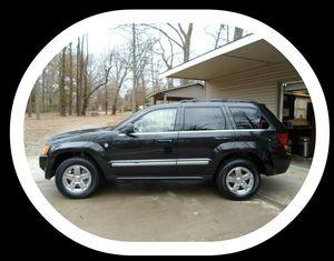 [2OO5] Jeep Grand Limited Cherokee 5.7L Hemi V8 Navigation Clean Title Cylinder for Sale in Salt Lake City, UT