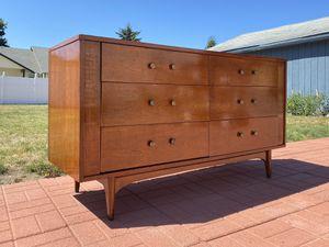 Vintage Mid-Century Dresser - Kroehler 1950-1960 for Sale in Auburn, WA