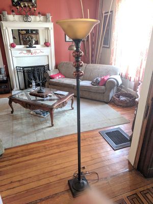"""70"""" Oiled Rub Bronze Floor Lamp w/ stained blown bulbs & glass globe for Sale in St. Louis, MO"""