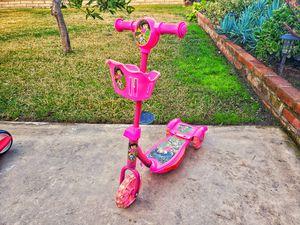Kids bike, lovely pink Dora. for Sale in El Cajon, CA