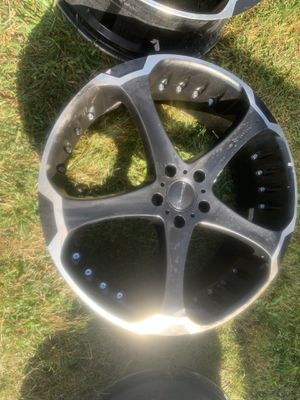 Giovanna 4 rims for Sale in Pleasantville, OH