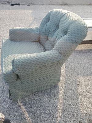 2 armed chairs for Sale in Los Angeles, CA
