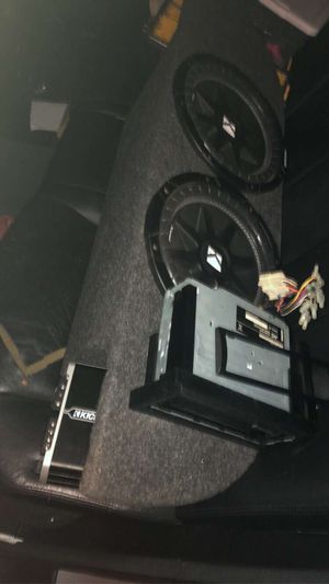 """Kicker comp 12"""" with amp for Sale in Houston, TX"""