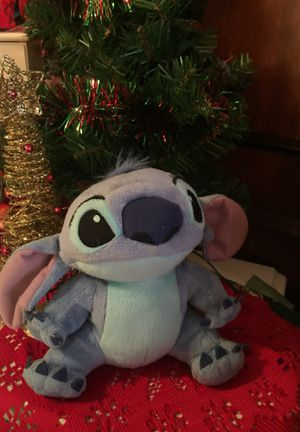 "Lovable "" Stitch "" from Disney LILO ""Stitch 11 inch cute stuffed animal Euc non smoke for Sale in Northfield, OH"