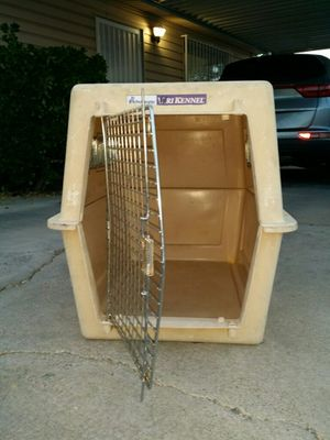 XL Dog Crate for Sale in Las Vegas, NV