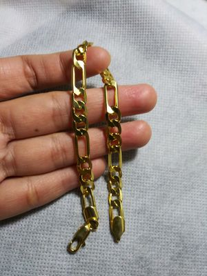 "Noble Men Figaro Cuban Chain 8mm Bracelet 18K Gold plated Fashion wedding Women - Approx 9"" in long Bracelet Jewelry for Sale in Queens, NY"
