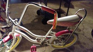 20 inch Girls schwinn bike for Sale in Alafaya, FL
