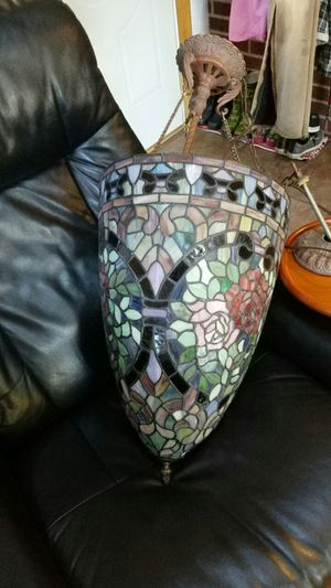 Beautiful lamp for Sale in Lancaster, OH